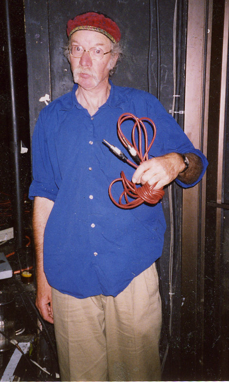 Hugh Hopper,  in 1998. (Photo by Mark Bloch)